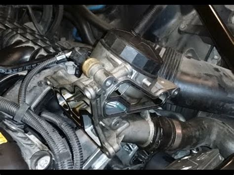 BMW 5 Series F10 - Oil Filter Housing Gasket Replacement