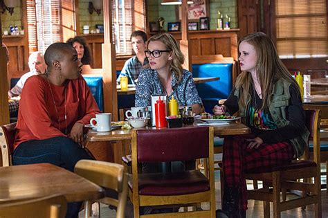 'Under The Dome': Aisha Hinds And Samantha Mathis On