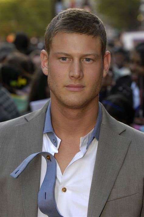 Tom Hopper Age, Weight, Height, Measurements - Celebrity Sizes