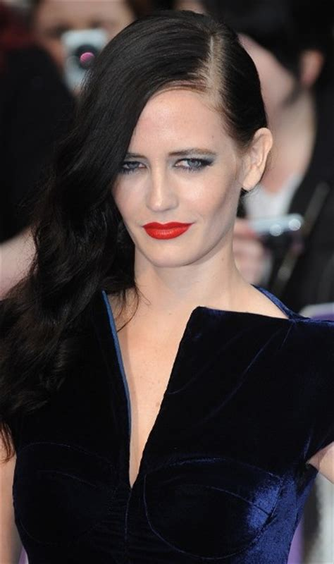 Eva Green Plastic Surgery Before and After - Celebrity Sizes