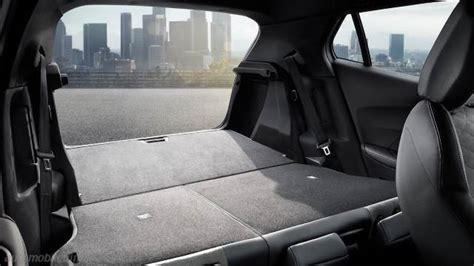 Peugeot 2008 2020 dimensions, boot space and interior